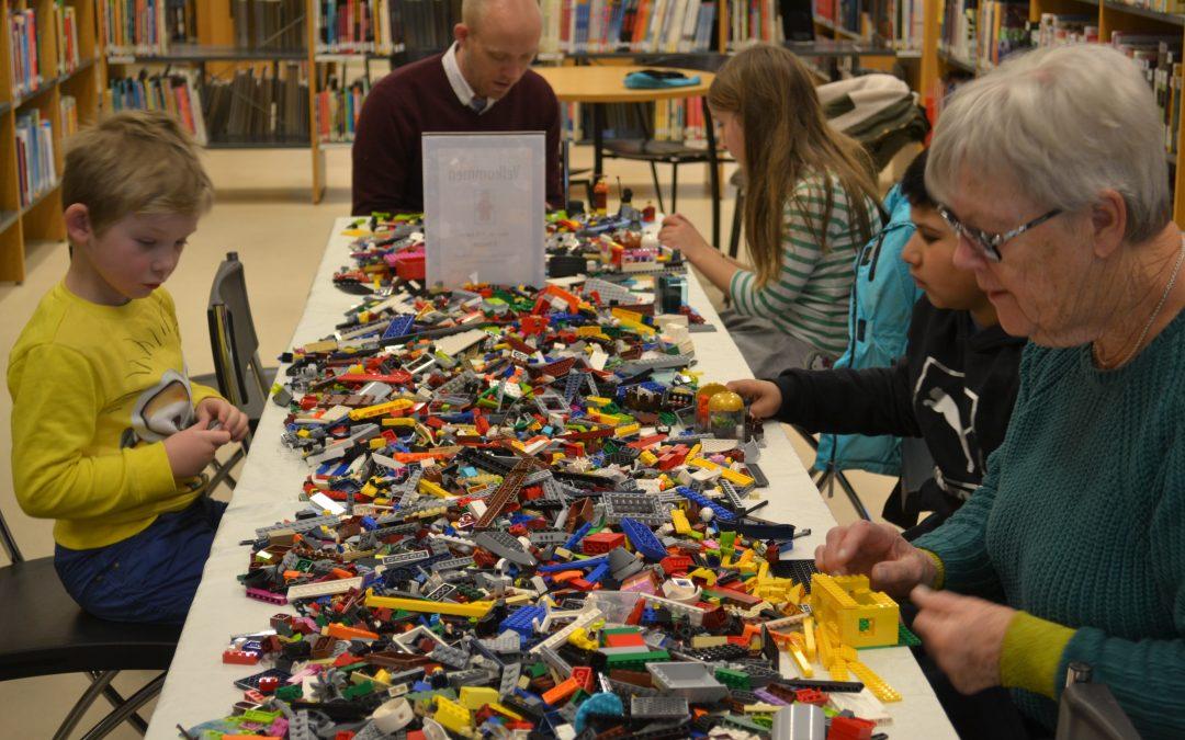 Legoverksted i hele høstferien